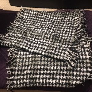 Accessories - Super soft infinity scarf